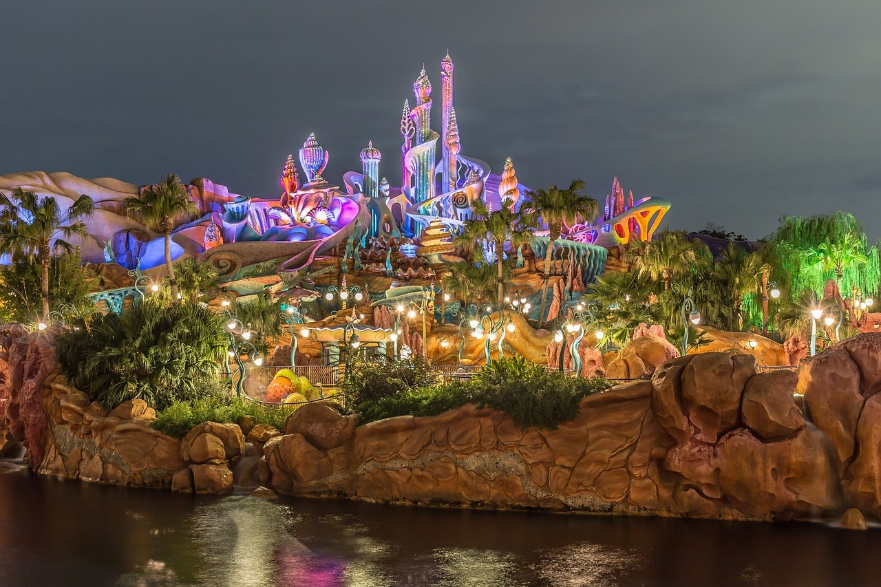 5 Simple & Easy Tips For Disney World Vacation On a Budget